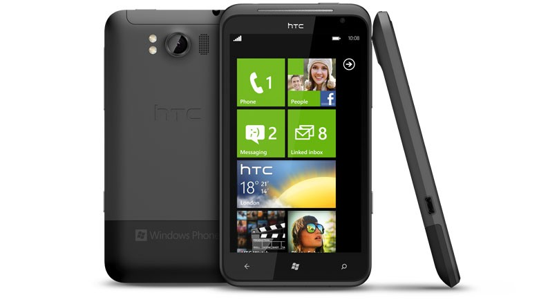 HTC Titan, con Windows Phone 7.5